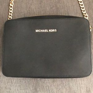 "Michael Kors ""Jet Set"" crossbody bag"